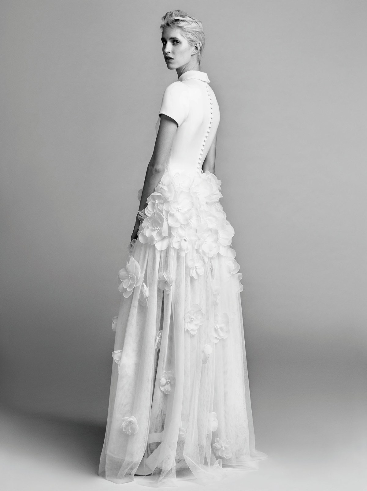 Victor-and-Rolf-fall-2017-bridal-fashion-show-the-impression-25