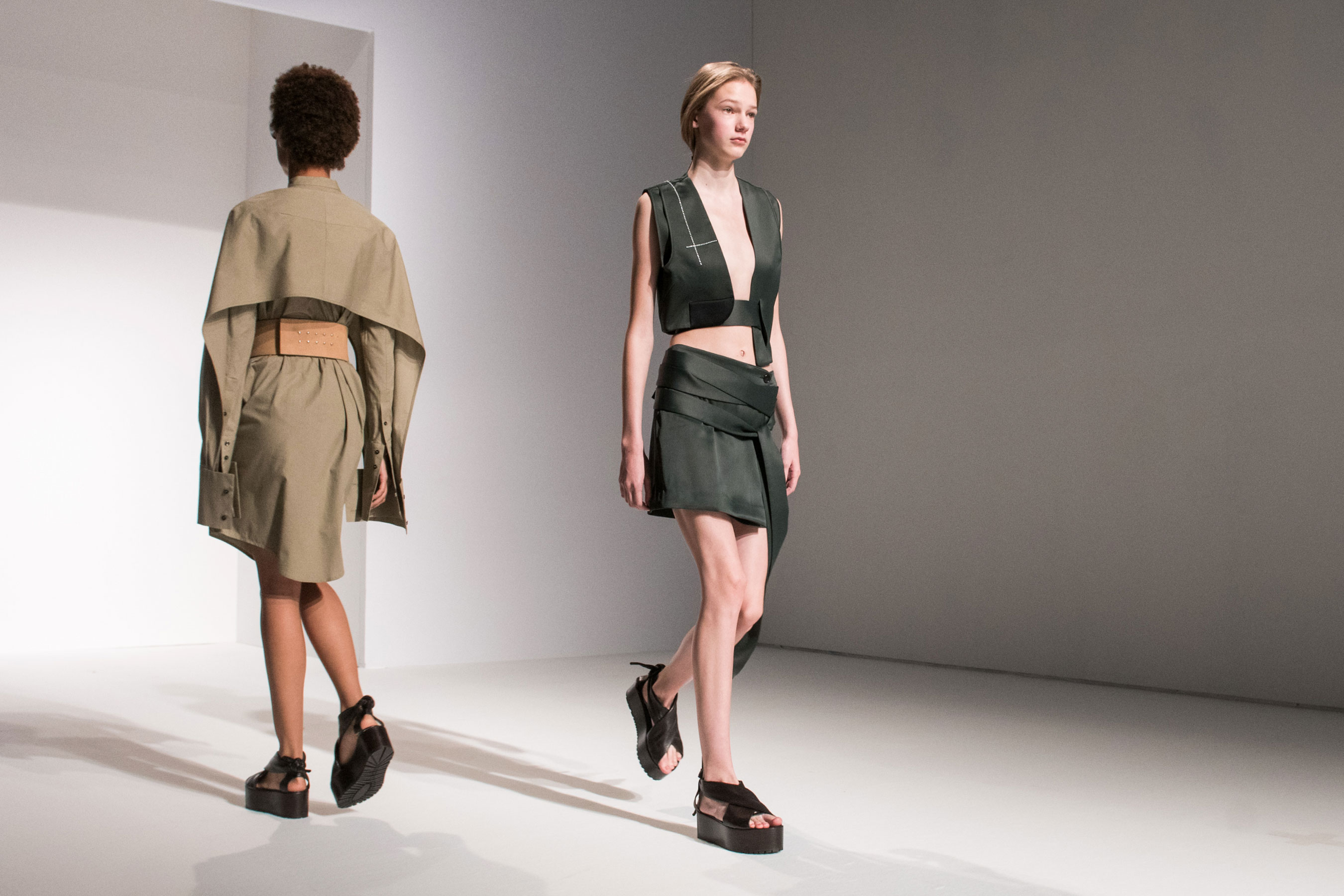 Chalayan atm RS17 5241