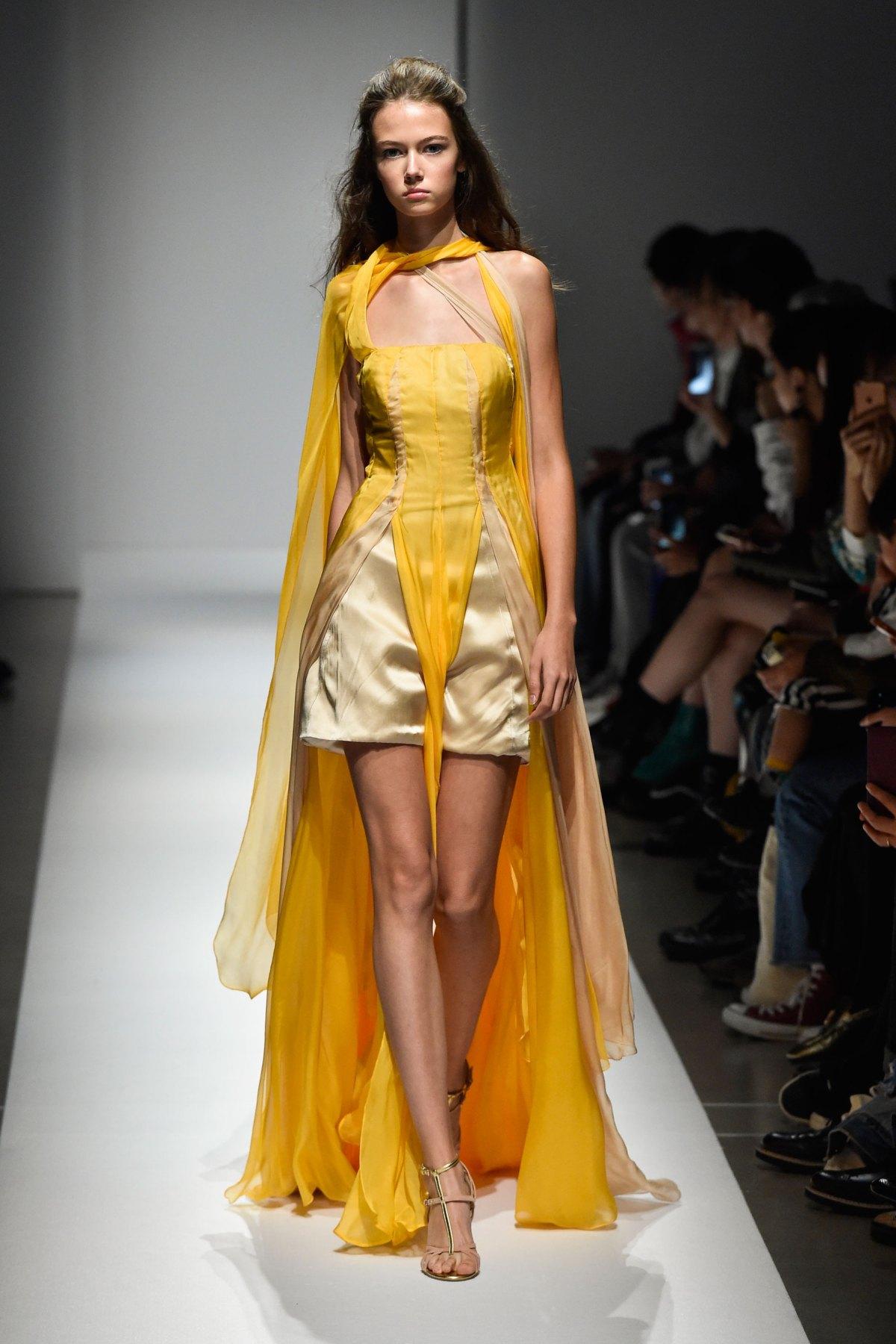 Fashion Hong Kong RS17 0019