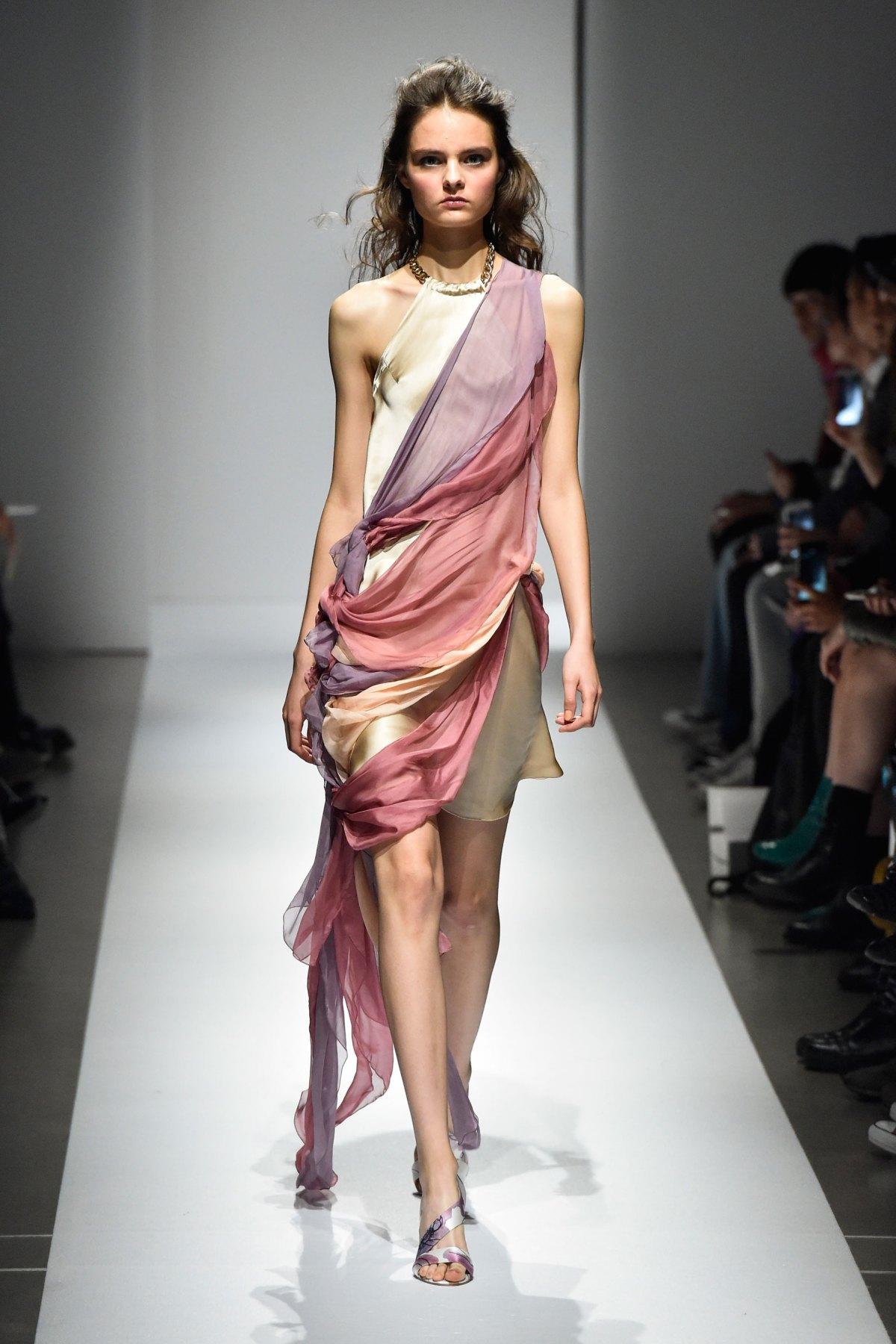 Fashion Hong Kong RS17 0021