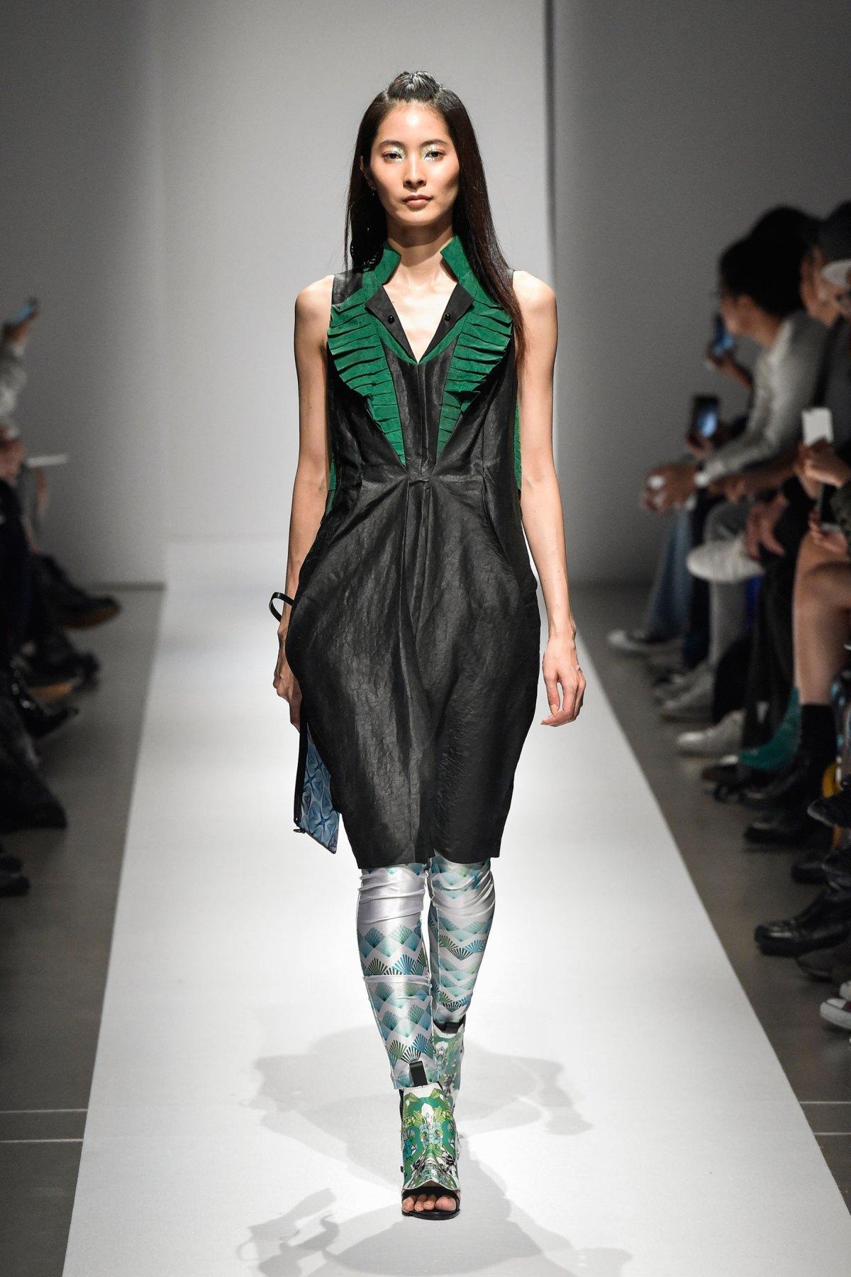 Fashion Hong Kong RS17 0073