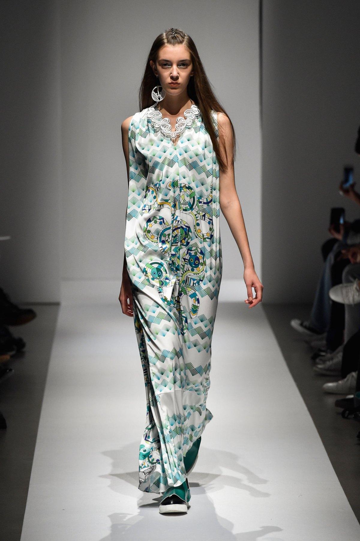Fashion Hong Kong RS17 0077