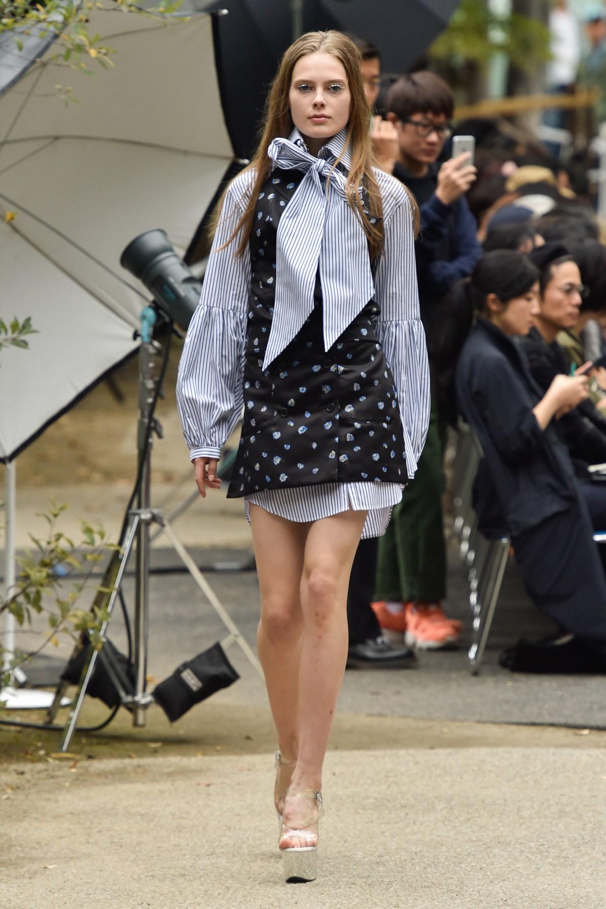 Fashion Port RS17 037
