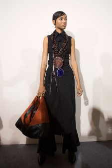 Givenchy bks I RS17 1401