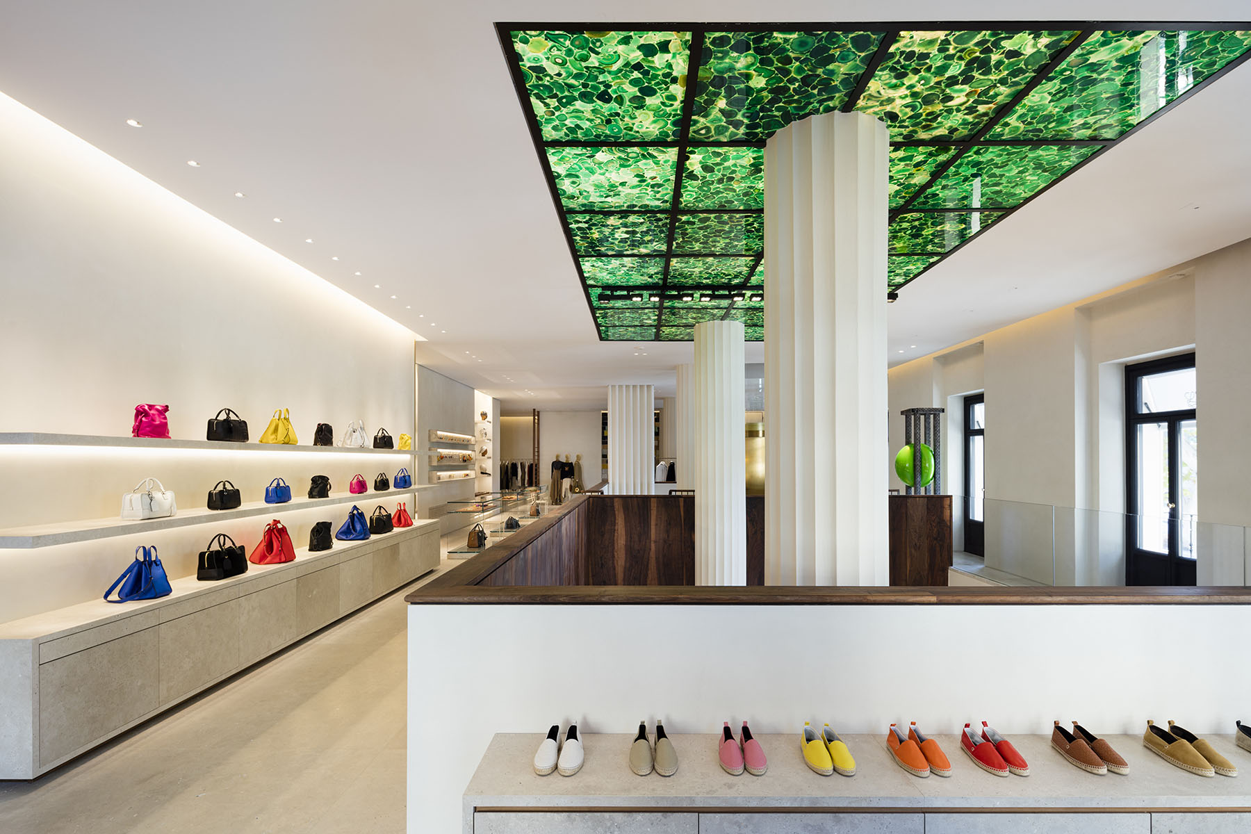 loewe-madrid-store-interior-the-impression-05