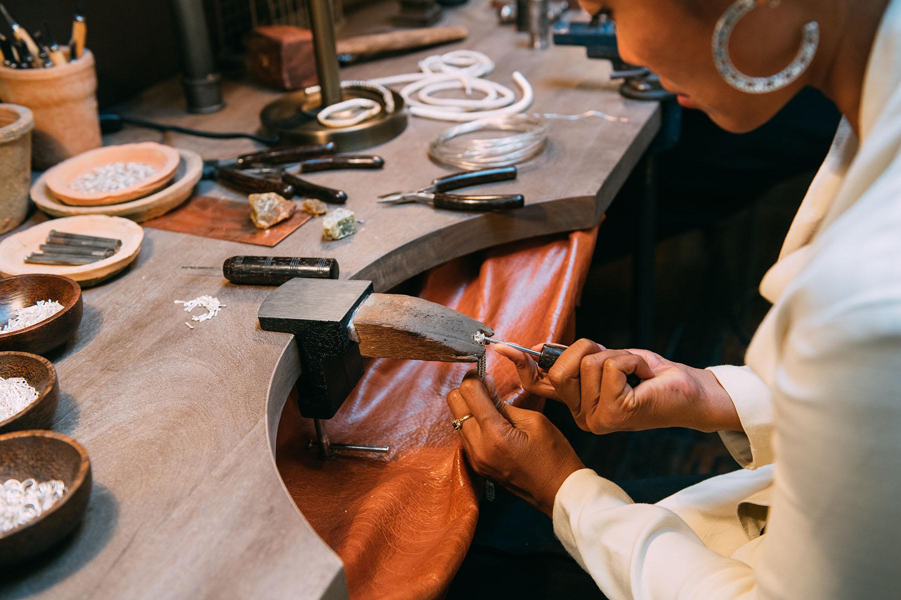 john-hardy-handcrafting