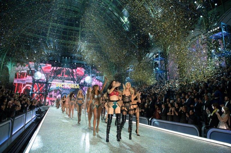 Victorias Secret atm RS17 7568