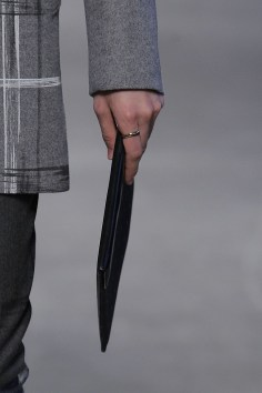 Miguel-Vieira-fall-2017-fashion-show-details-the-impression-37