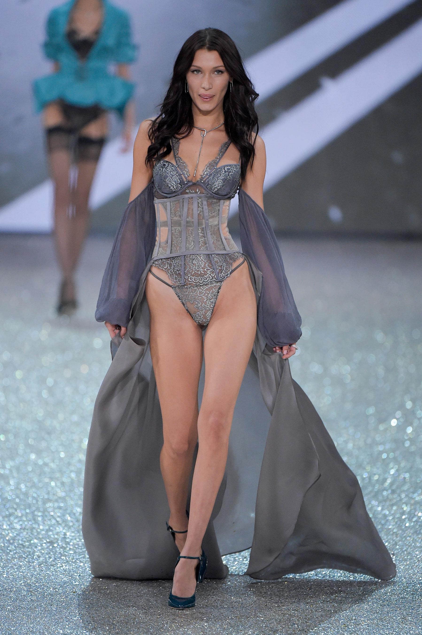 Victorias-Secret-bks-RS17-6000