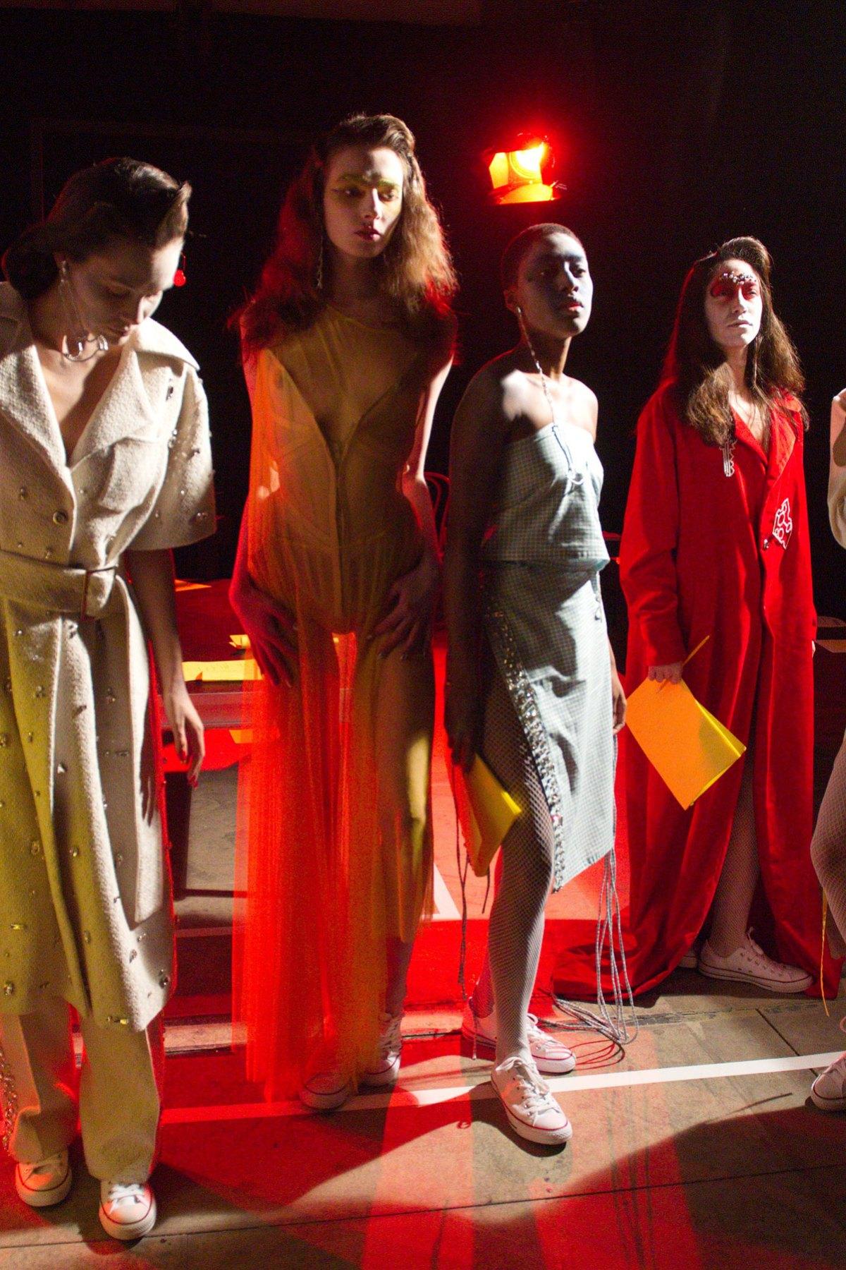 Fashion East m RF17 0181