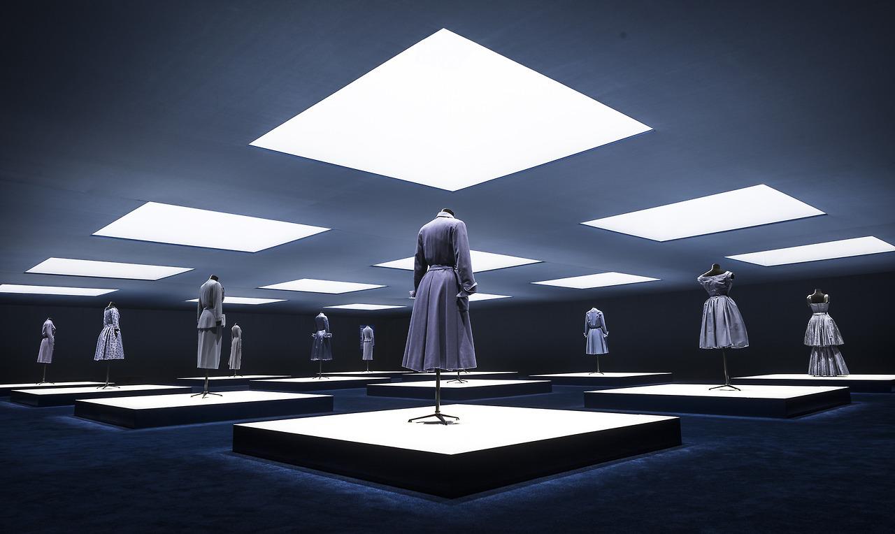 Dior-I feel Blue Exhibition,2017