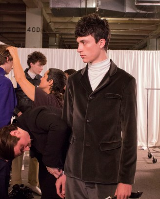 Patrick-Ervell-Fall-2017-mens-fashion-show-backstage-the-impression-031