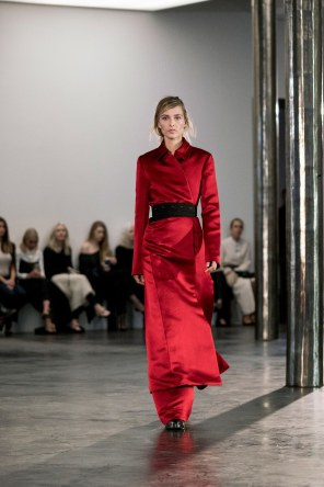 The-Row-fall-2017-fashion-show-the-impression-28