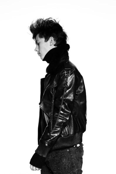 XB-OFCL-by-Brandon-Sun-fall-2017-fashion-show-the-impression-07
