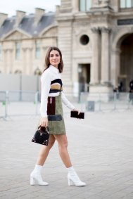 Paris str RF17 7098