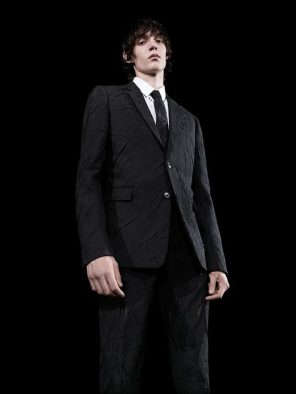 Dior-Homme-pre-fall-2017-fashion-show-the-impression-38