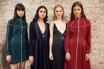 Valentino-resort-2018-backstage-fashion-show-the-impression-024