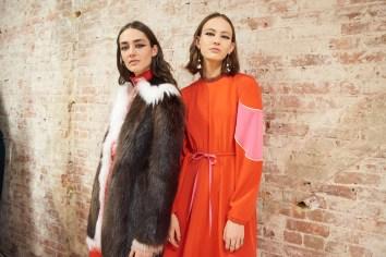 Valentino-resort-2018-backstage-fashion-show-the-impression-026
