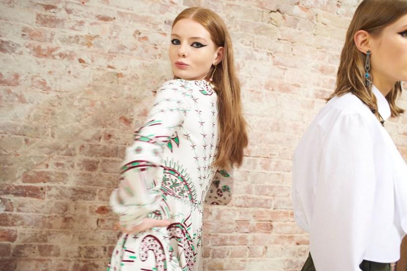 Valentino-resort-2018-backstage-fashion-show-the-impression-036