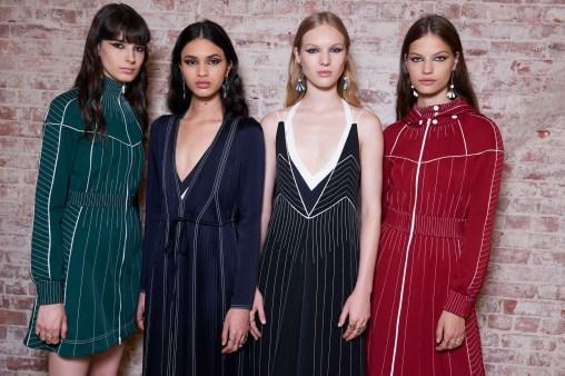 Valentino-resort-2018-backstage-fashion-show-the-impression-087
