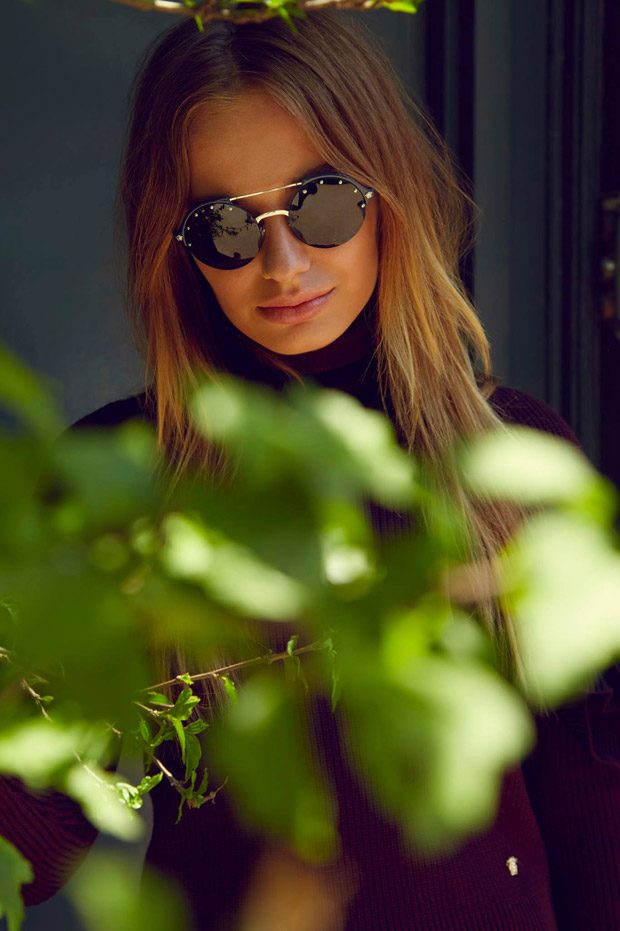 Versace-Eyewear-summer-ad-campaign-the-impression-08