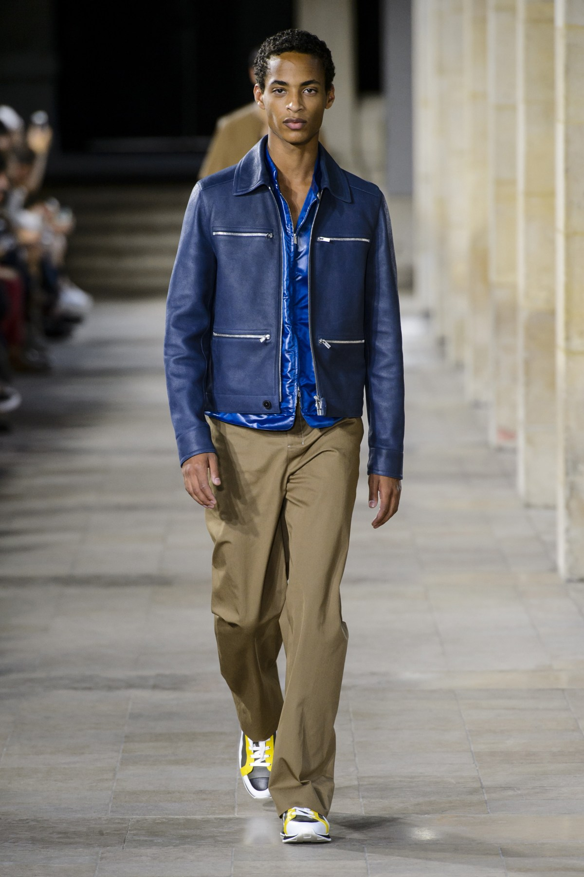 2018 Men S Thanksgiving Outfits 30 Ways To Dress On: Hermes Spring 2018 Men's Fashion Show