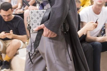 Vuitton m clp RS18 2522