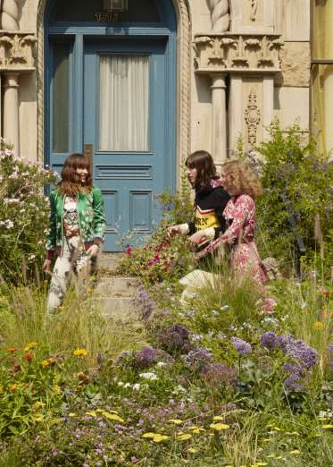 Gucci-bloom-fragrance-takeover-the-impression-27