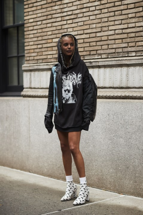 New York str G RS18 2076