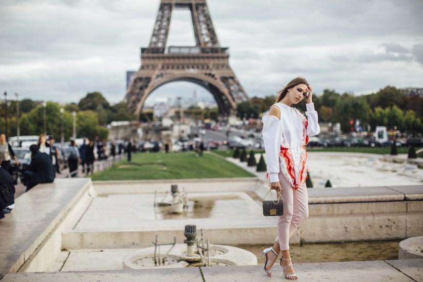 Paris str V RS18 1024