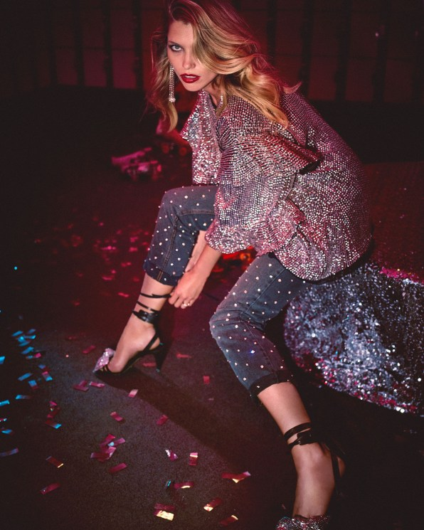 Net-A-Porter-holiday-2017-ad-campaign-the-impression-04