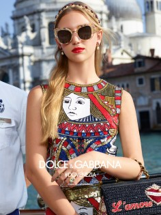 Dolce-and-Gabbana-spring-2018-ad-campaign-the-impression-39
