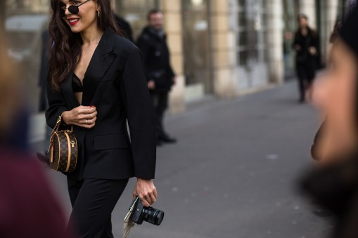 Paris-Couture-street-style-robert-purwin-the-impression-19