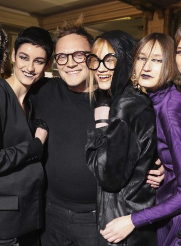 Guy Laroche Fall 2018 Fashion Show Backstage