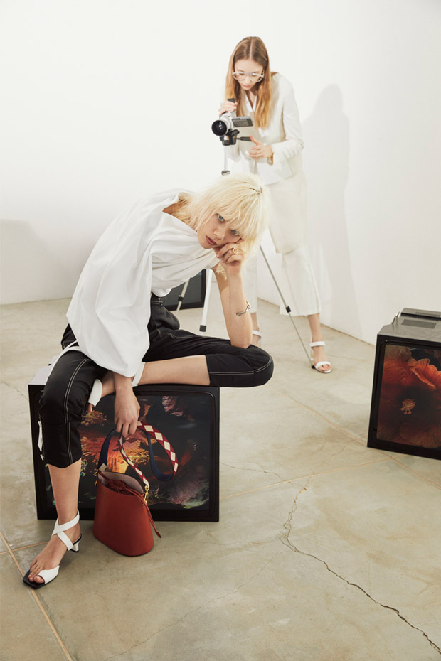 Charles-and-Keith-spring-2018-ad-campaign-the-impression-05