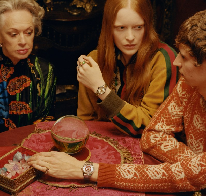 Gucci-timepieces-spring-2018-ad-campaign-the-impression-001