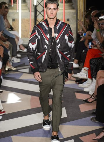 Les Hommes Spring 2019 Men's Fashion Show