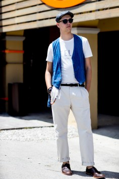 pitti-uomo-mens-street-style-sping-2019-fashion-shown-the-impression-032