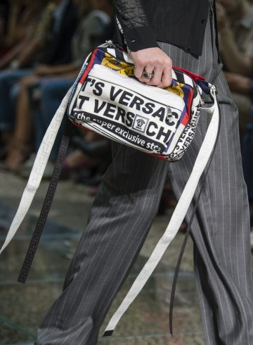 Versace Spring 2019 Men's Fashion Show Details