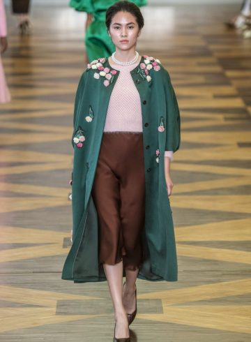 Ulyana Sergeenko Fall 2018 Couture Fashion Show