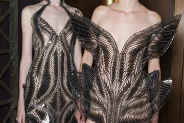 Iris Van Herpen Fall 2018 Couture Fashion Show Backstage