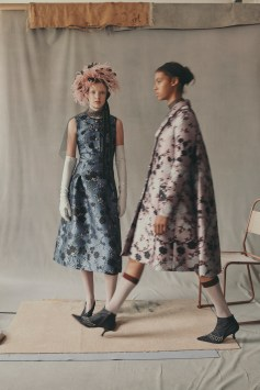 erdem-fall-2018-ad-campaign-the-impression-014
