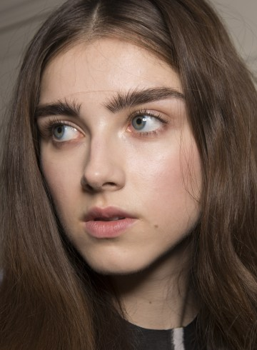 Jasper Conran Spring 2019 Fashion Show Backstage Beauty
