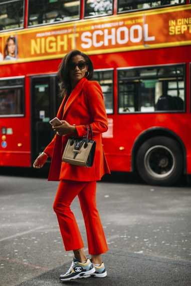 London str RS19 0450