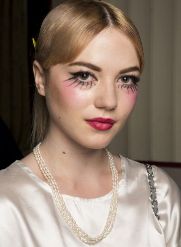 Pam Hogg Spring 2019 Fashion Show Backstage Beauty