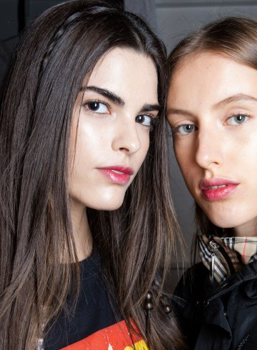 Jonathan Simkhai Spring 2019 Fashion Show Backstage Beauty