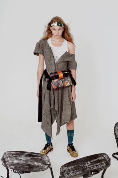 vivienne-westwood-fall-2018-ad-campaign-the-impression-051