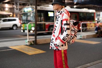Tokyo str RS19 8335