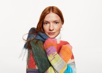 gap-holiday-2018-ad-campaign-the-impression-009