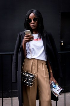 lfw-streetstyle-by-poli-alexeeva-the-impression-033